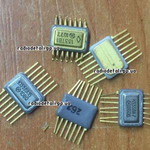 133 серия и подобные с желтыми подложками снизу, с обоих сторон и без подложек.